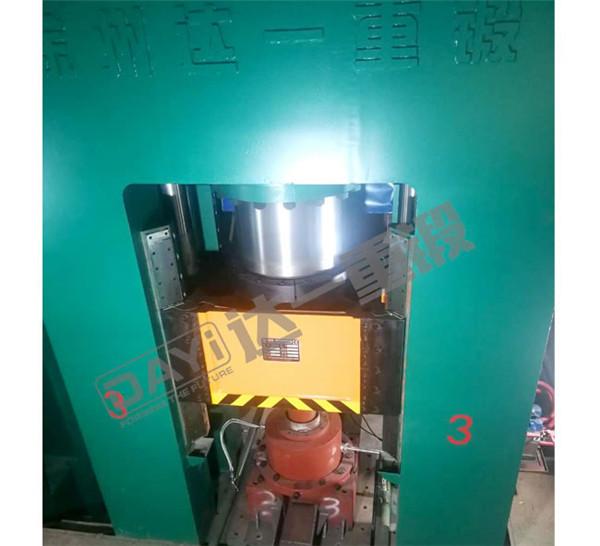 小型1000吨框架液压机价质优良