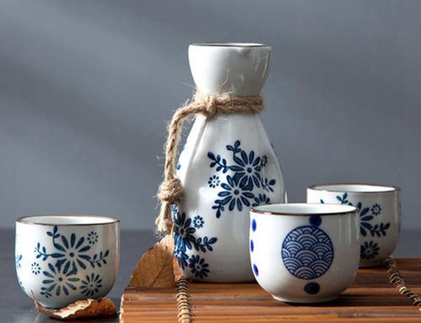 青海封坛白酒有哪些品牌经久不衰